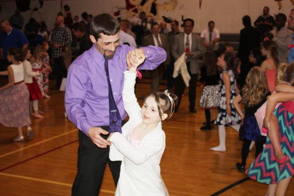 010 Union Family Dance 2014.jpg