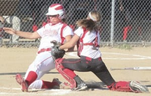 Lady 'Cats Stay Unbeaten