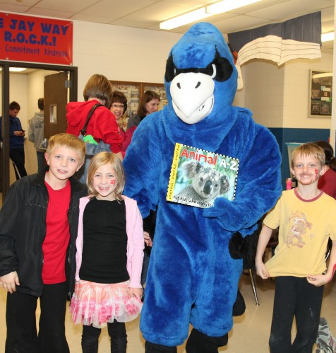 067 Family Reading Night 2012.jpg