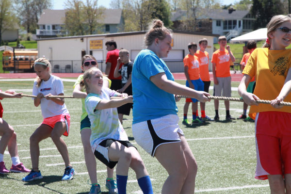 069 7th and 8th Grade Track and Field.jpg