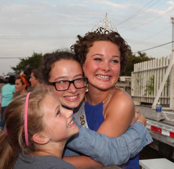 033 New Haven Fair Queen Contest 2014.jpg