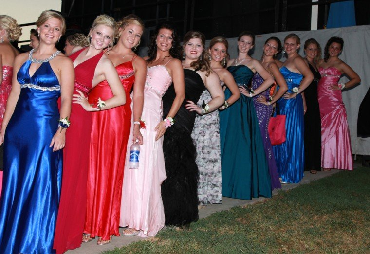 008 Fair Queen Contest.jpg