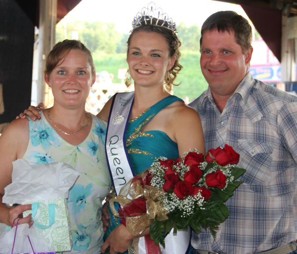 032 Franklin County Queen Contest.jpg