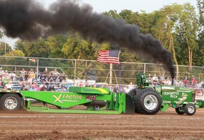 018 Fair Tractor Pull.jpg