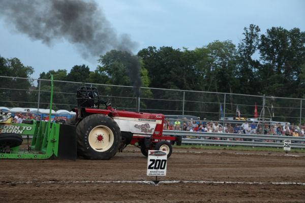 052 Tractor Pull Fair 2013.jpg