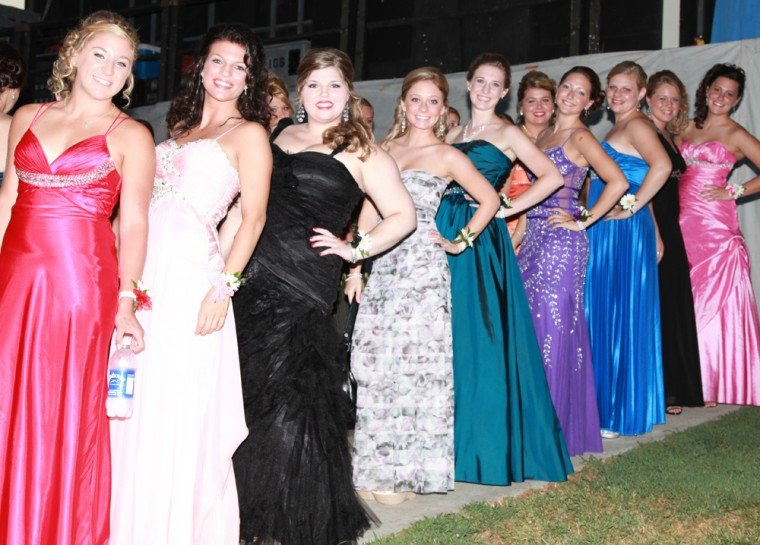 007 Fair Queen Contest.jpg
