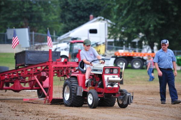 Fair Garden Tractor Pull