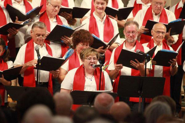 003 Combined Christian Choir Summer 2014.jpg