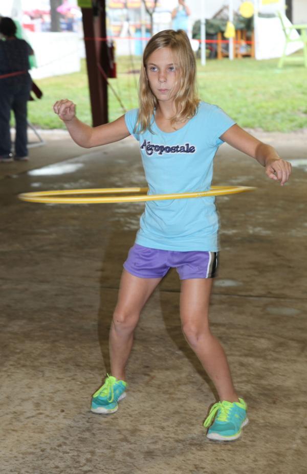 025 Fair Hula Hoop Contest 2014.jpg