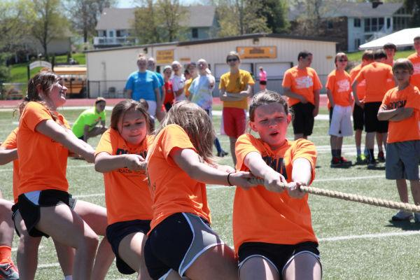 064 7th and 8th Grade Track and Field.jpg