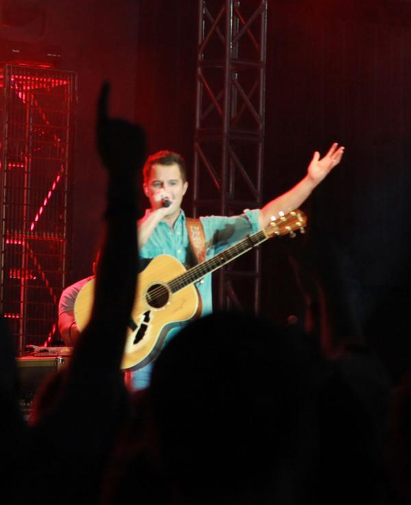 002 Fair Easton Corbin Concert.jpg