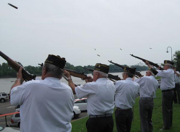 004 Memorial Day Service Washington.jpg