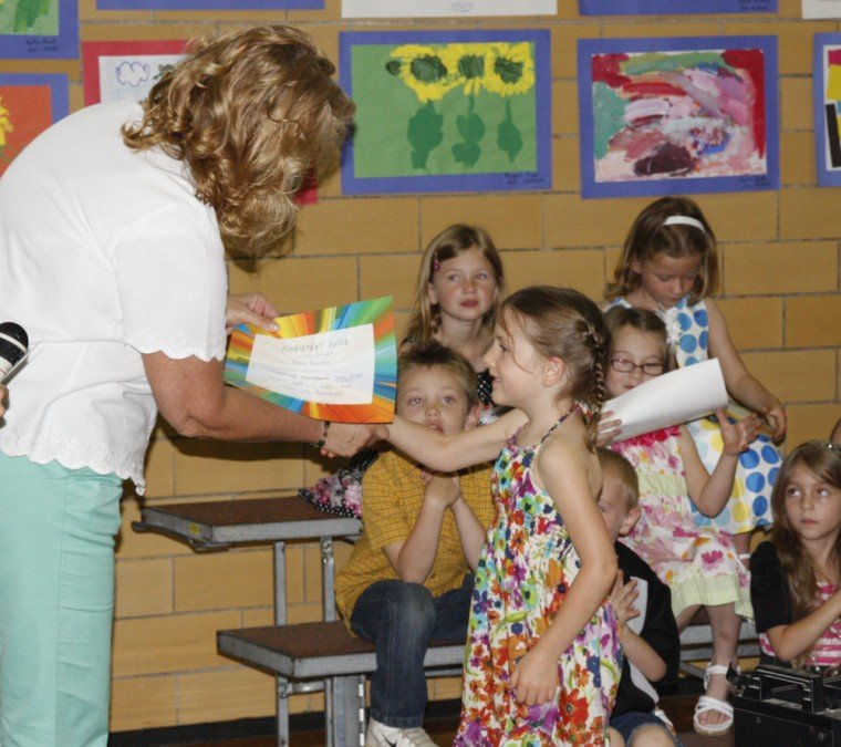 016 Fifth Street School Kindergarten Program.jpg