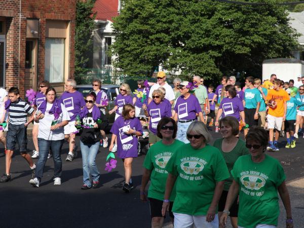 029 Alzheimer Walk 2013.jpg