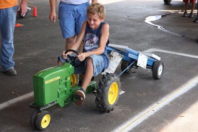 016 Fair Pedal Tractor.jpg
