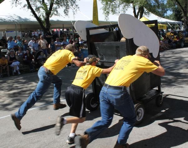 009 Outhouse Races 2013.jpg