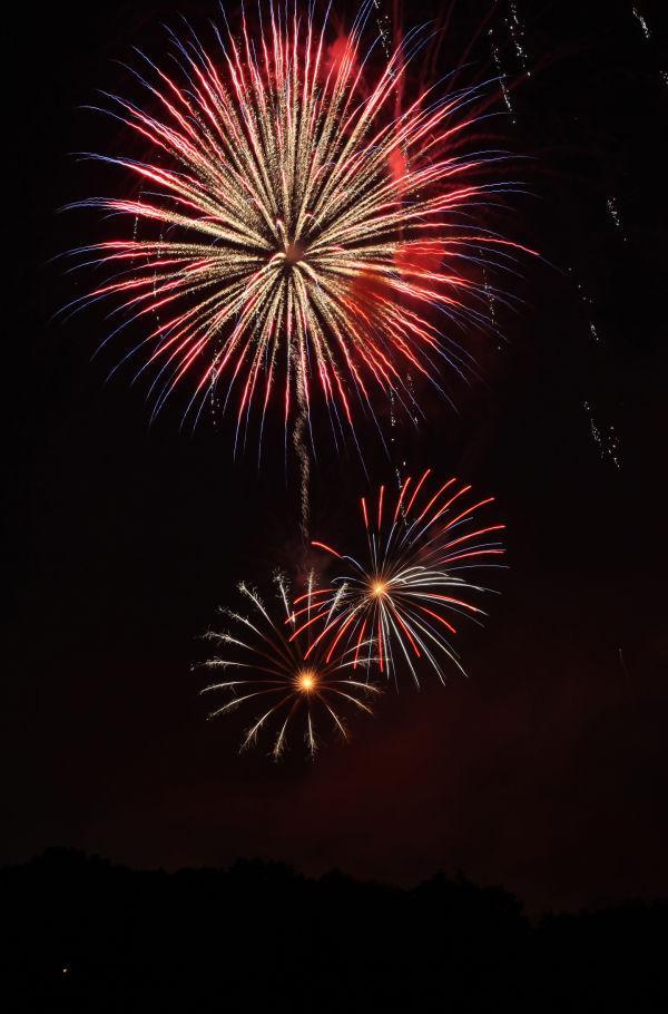 015 Washington MO Fireworks.jpg
