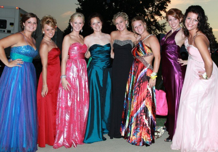 006 Fair Queen Contest.jpg