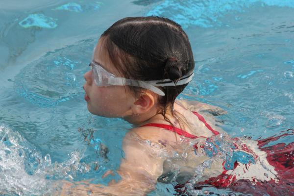 006washbcswim13.jpg