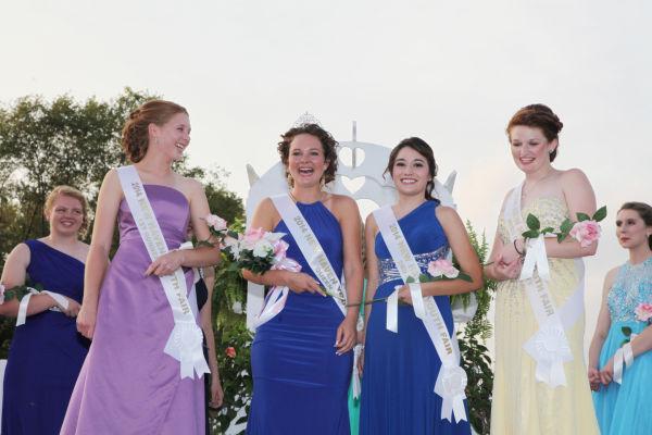 027 New Haven Fair Queen Contest 2014.jpg