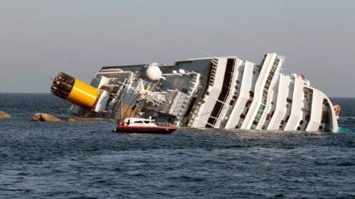 Italy Cruise Ship Capsizes