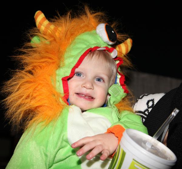 014 OLL trunk or Treat.jpg