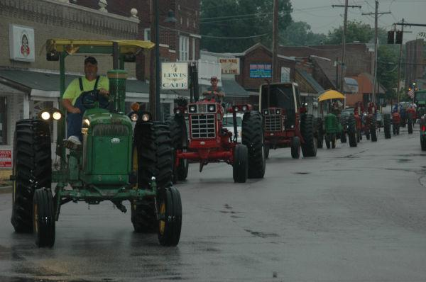 021 Tractors in St Clair.jpg