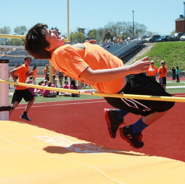 032 7th and 8th Grade Track and Field.jpg