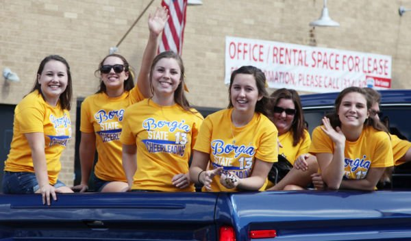 030 SFBRHS Homecoming Parade.jpg