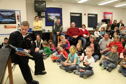 044 Family Reading Night 2012.jpg