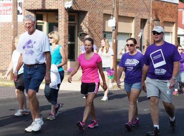 025 Alzheimer Walk 2013.jpg