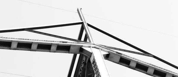 003 Missouri River Bridge in Black and White.jpg
