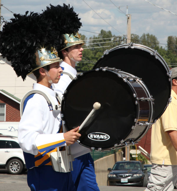 002 SFBRHS Homecoming Parade.jpg