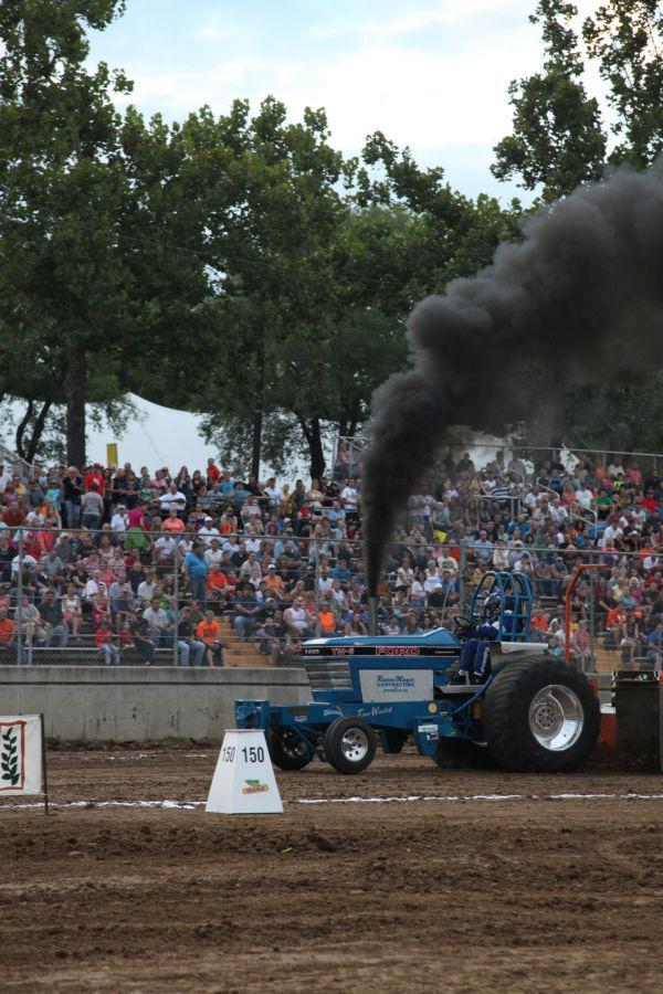 047 Tractor Pull Fair 2013.jpg