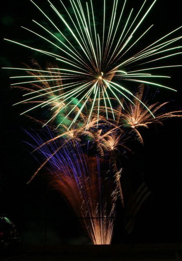 017 Fireworks in Washington May 24.jpg