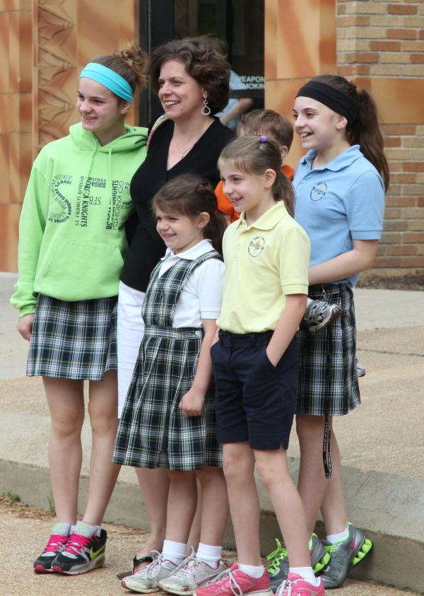 043 SFB grade mothers mass.jpg