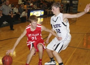 Pacific Tops St. Clair, 55-48