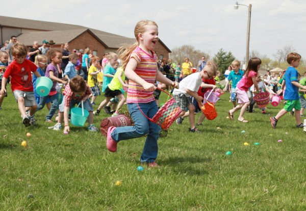 016 First Baptist Church Egg Hunt 2014.jpg