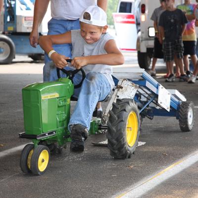 021 Fair Pedal Tractor.jpg