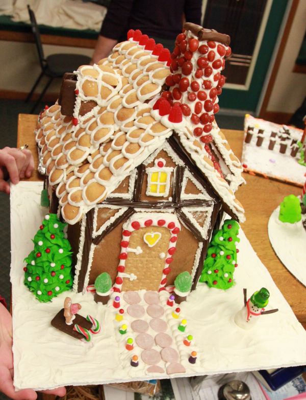 019 Gingerbread Houses 2013.jpg