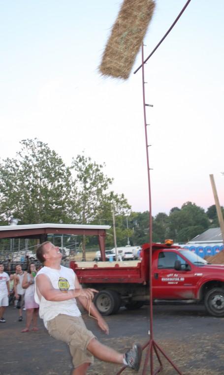 033 Fair Super Farmer Contest.jpg