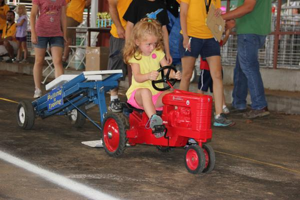 015 Pedal Tractor Pull 2014.jpg