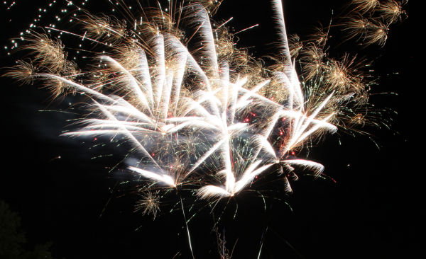 008 Fireworks in Washington May 24.jpg