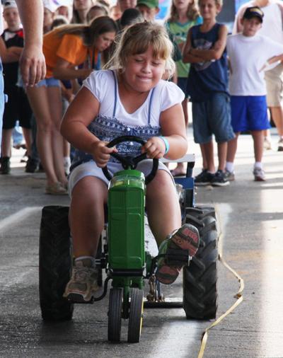 012 Fair Pedal Tractor.jpg
