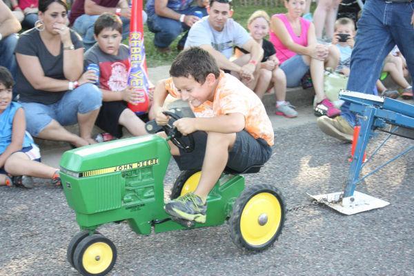 017 Franklin County Fair Pedal Tractor Pull.jpg
