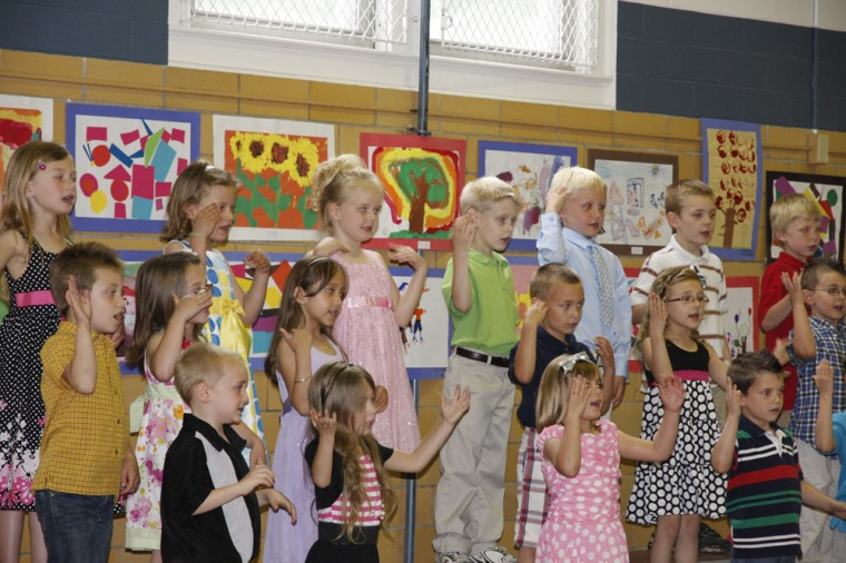 005 Fifth Street School Kindergarten Program.jpg