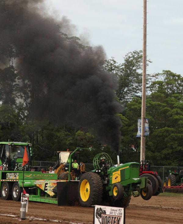 039 Tractor Pull Fair 2013.jpg
