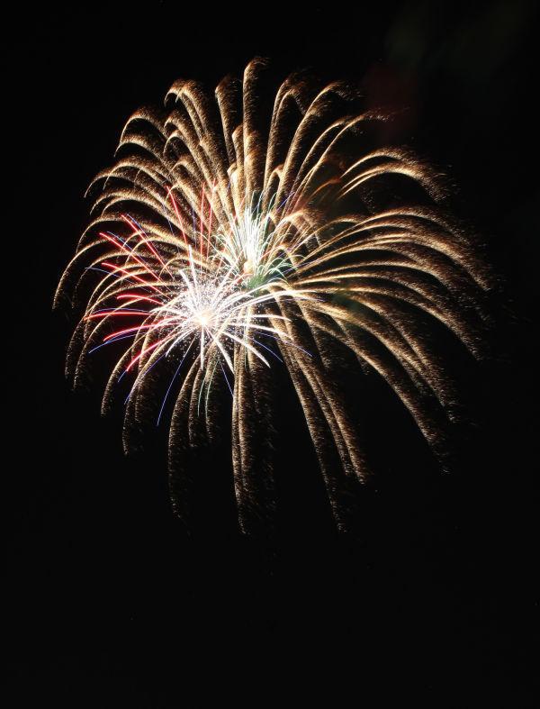 035 Washington MO Fireworks.jpg