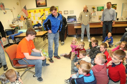 016 Family Reading Night 2012.jpg