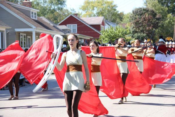002 UHS Homecoming parade 2013.jpg